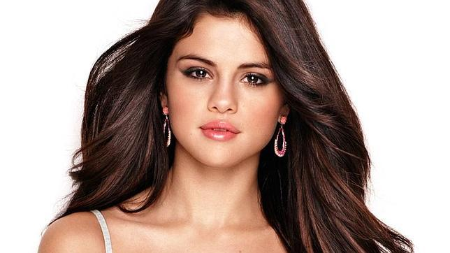 Selena-Gomez-