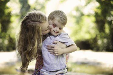 Le témoignage de foi et d'amour cette maman chrétienne dont le fils est né sans yeux et sans palais !